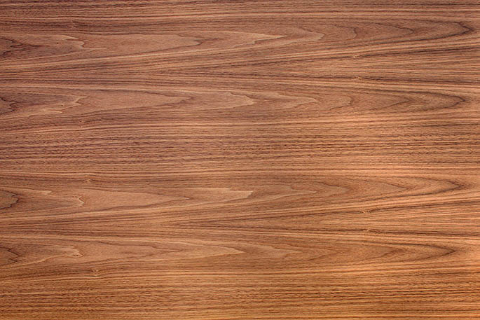 Winthrop walnut earthsmart veneer by oakwood veneer company for Oakwood veneers